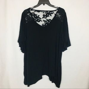 Cable & Gauge Woman Black Flowy Top w Lace Detail